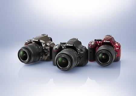 Nikon D5200 - tři barevné varianty