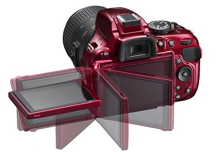 Nikon D5200 zezadu - flexibilní displej