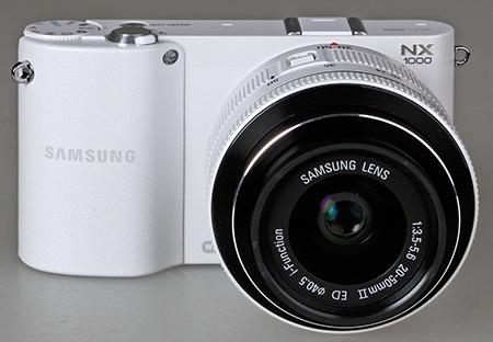 Samsung NX1000 zepředu